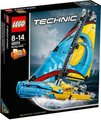 LEGO Technic - Racing Yacht 2 in 1 (330 Pieces):