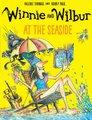 Winnie and Wilbur at the Seaside (Paperback): Valerie Thomas