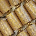 Opulent Gold Christmas Crackers (6 Pack):