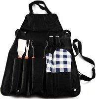 Marco Apron with Wooden Handled Braai Set: