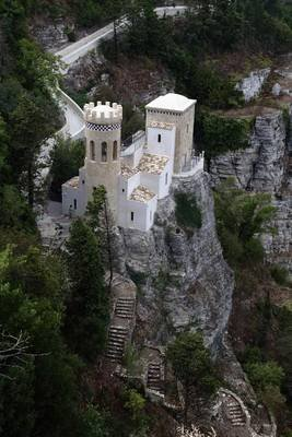 Tower Pepoli Erice in Trapani Sicily Journal - 150 Page Lined Notebook/Diary (Paperback): Cool Image