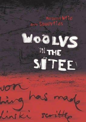 Woolvs in the Sitee (Hardcover): Margaret Wild