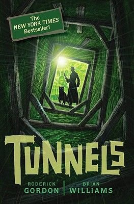 Tunnels (Paperback): Roderick Gordon