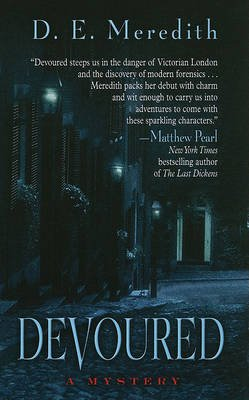 Devoured (Large print, Hardcover, large type edition): D. E. Meredith