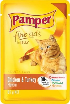Pamper Fine Cuts in Jelly - Chicken and Turkey Flavour Cat Food Pouch (85g):