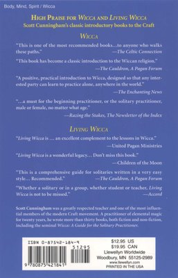 Living Wicca - A Futher Guide For The Solitary Practitioner