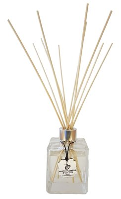 Brand Inscentives Reed Diffuser White Flowers Amp Cotton
