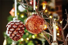 [[Baubles & Tree Decorations]]